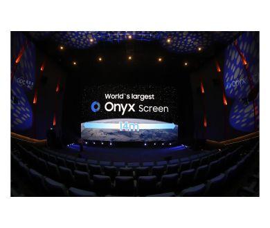 Samsung déploie un écran de cinéma LED 4K de 14 mètres de large à Pékin